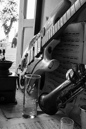 Controtendenza Caffé: Musica nell'aria