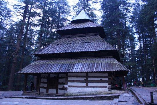 Hidimba Devi Temple照片