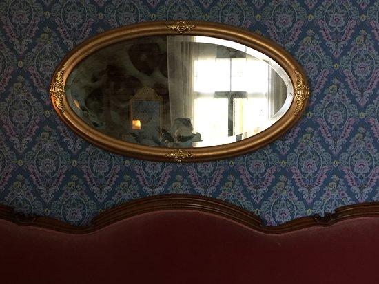 Kahvila Siiri: Antiikkikahvila ja teehuone Siiri  |  Lempäälä