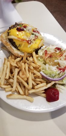 Felix's Restaurant and Oyster Bar: Hamburger