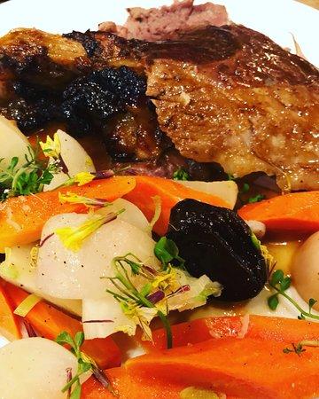 papa sapiens: gigot d'agneau de la ferme de Clavisy et légumes magnifiés
