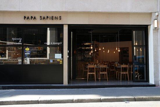 papa sapiens: un table d'hôte ouverte pour l'été