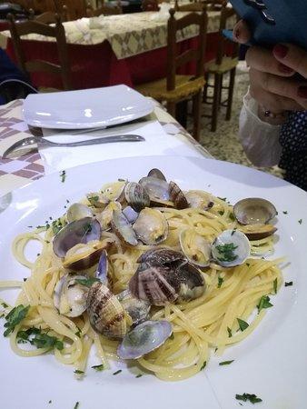 La Nuova Perla: Spaghetti alle vongole