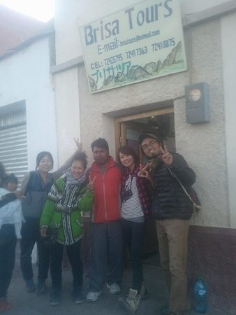Brisa Tours: Our office in Uyuni with friends from Japan