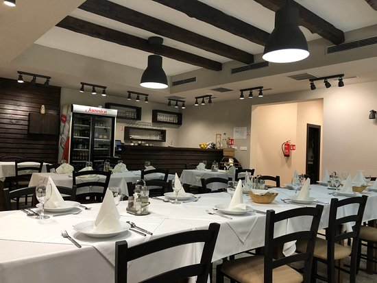 Villa Angy: Restaurant