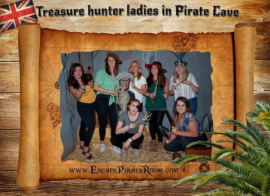 Treasure hunter ladies in Pirate Cave.
