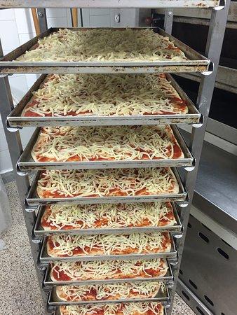 Panificio L 'Antico Forno : pizze a volonta',,