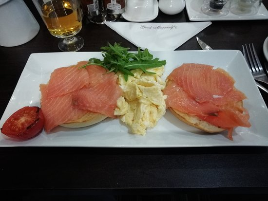 The Kenley: Fresh Salmon on bagel with scrambled egg