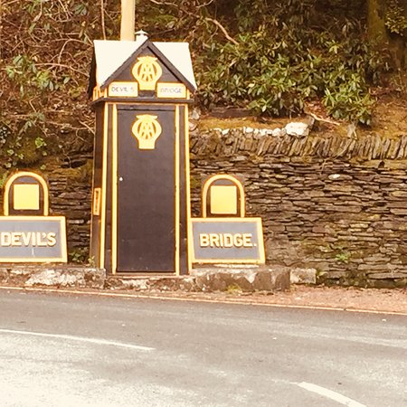 Devil's Bridge (Pontarfynach), UK: photo7.jpg