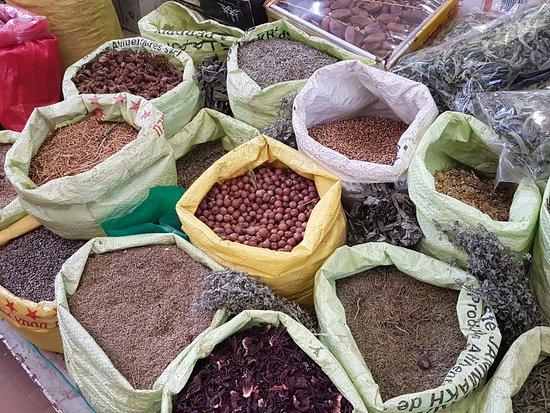 Viajes Transandalucia: Tangier - spices in market
