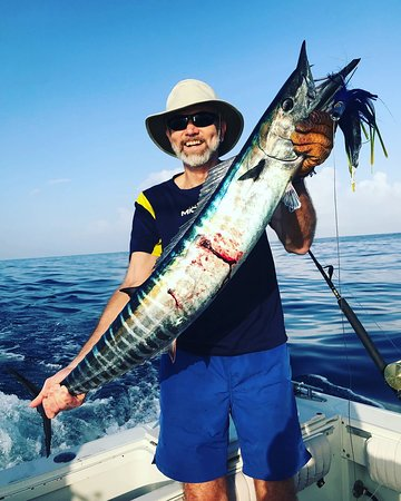 Wahoo Slayer Fishing Charter: Our customer got his wahoo for dinner!