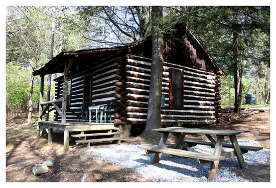 Pine Gables Cabins: Tootsie's Cabin, named after the owner's grandmother.