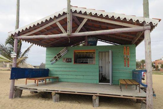 Vila do Maio, Cape Verde: Local du Club sur la plage de Bitxe Rotxa à Cidade do Porto Inglès Ile de Maio