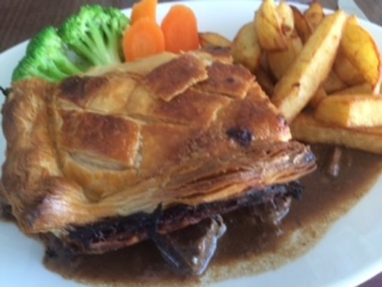 ‪‪Glamis‬, UK: Steak Pie‬