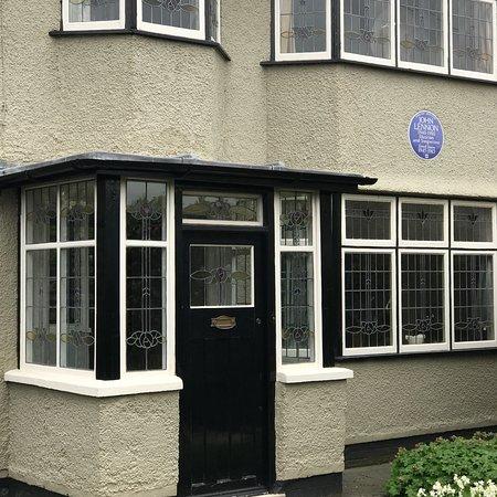 Beatles Childhood Homes照片