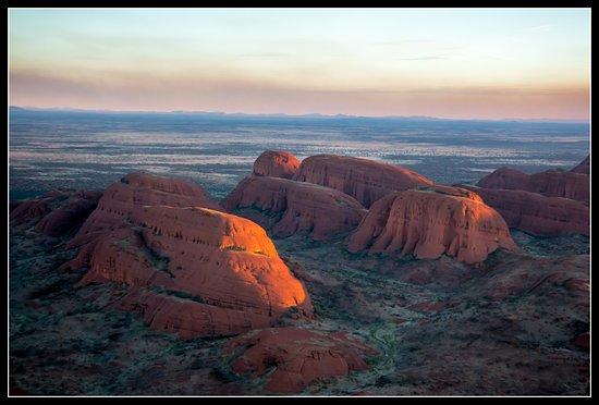 Uluru and Kata Tjuta Tour by Helicopter from Ayers Rock: kata Tjuta