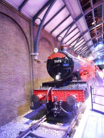 Warner Bros. Studio Tour London - The Making of Harry Potter: Hogwarts Express