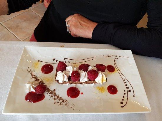 Villefranche-de-Lonchat, Γαλλία: Simply delicious