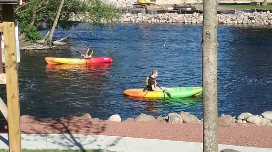 Fox River Paddle Sports: There is a public canoe/kayak launch located just steps from our building.