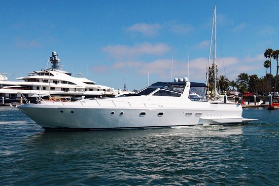 Marina del Rey, Kaliforniya: Full port side view