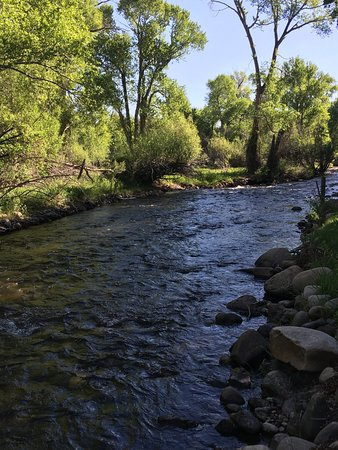 River Orchard Place: River