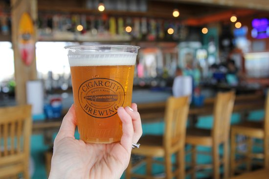 Fish Heads Bar & Grill: beer