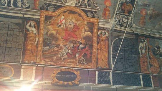 Chapelle de Sainte-Suzanne: Criato Risorto