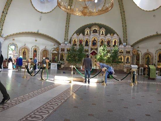 Church of the Savior Transfiguration: Храм Спаса Преображения Господня в Переделкино