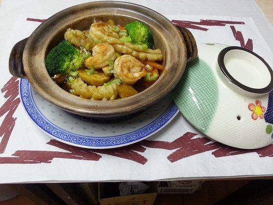 Hong Kong Restaurant Blanes : Especial Mandarín // Mandarin Hot Pot