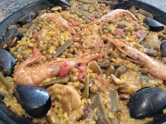 Restaurante Las Vegas Peñiscola - Expertos en Paellas: PAELLAS EN PEÑISCOLA. RESTAURANTE LAS VEGAS, EXPERTOS EN PAELLAS.