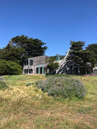 The Sea Ranch, CA: Hedgerow House, Joseph Esherick