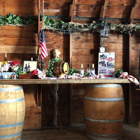 Thousand Islands Winery Photo