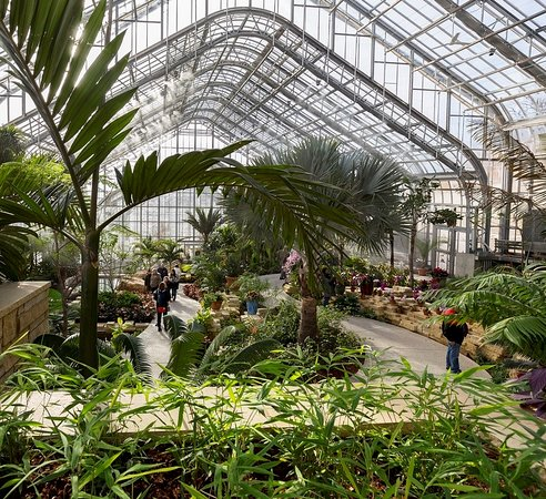 Lauritzen Gardens Omaha's Botanical Center: The artium is a MUST!