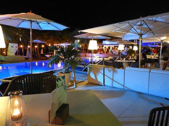 Mambo Beach: Mambo Bar