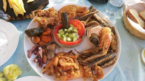 To Limanaki: ποικιλια θαλασσινων (προς αποφυγή!)