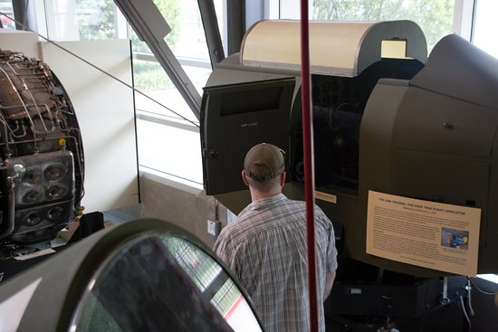 The Link Trainer-The first true flight simulator - Picture