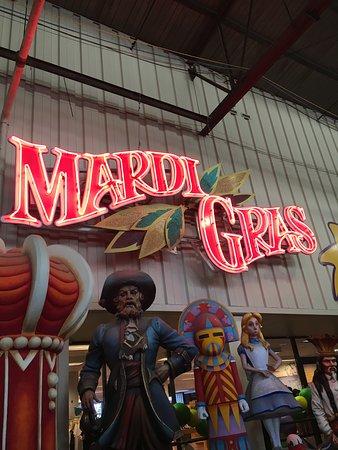 Blaine Kern's Mardi Gras World: Mardi Gras