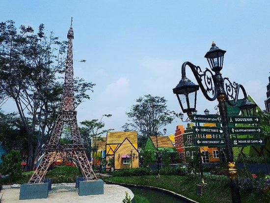 DeVoyage Bogor