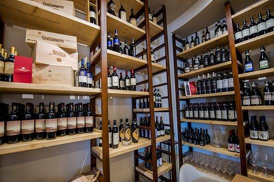 Guglie : La cantina dei vini