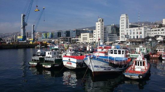Blue Valpo: Passeio de barco nas águas do Pacífico em Valparaíso.