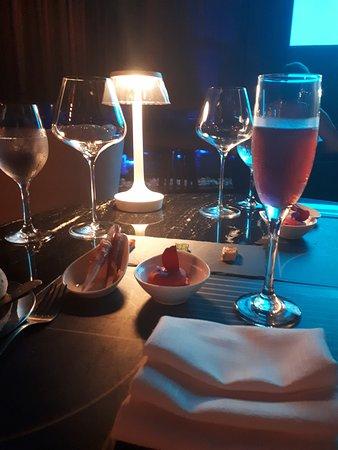 Chic Cabaret & Restaurant : restaurant