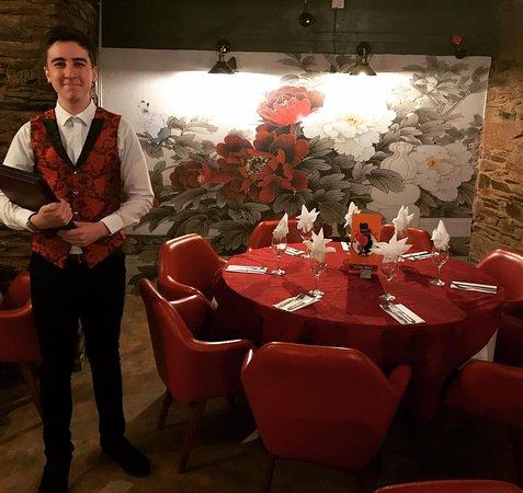 Red Lantern Launceston Chinese Restaurant : Friendly Staff