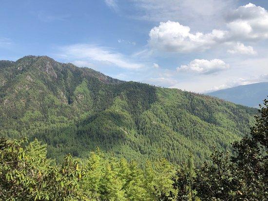 Keys to Bhutan: Love Bhutan, great nature. Peaceful and calm❤️