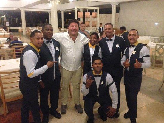 Iberostar Dominicana Hotel: higuey jefes con los camareros