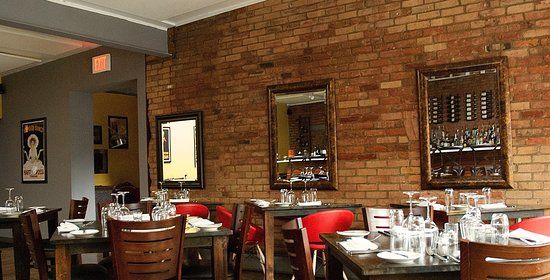 Williamstown, MA: Upscale Family dining Italian diningroom