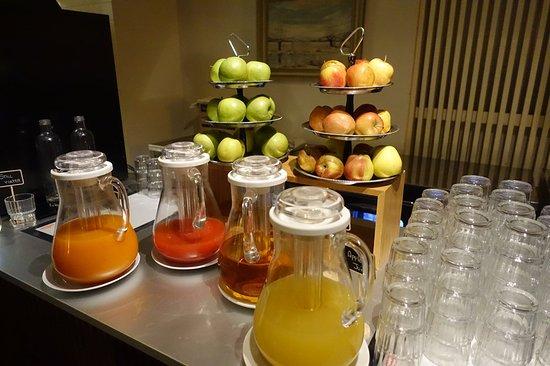 c-hotels Ambasciatori: _/_/_/_/_/_/_/(2018.3 撮影) B1の 朝食ブッフェ