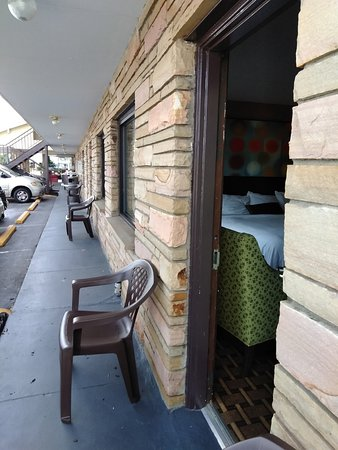 Vacation Lodge Motel Pigeon Forge Tn Hotels Tourist Class Hotels In Pigeon Forge Gds Reservation Codes Travelage West
