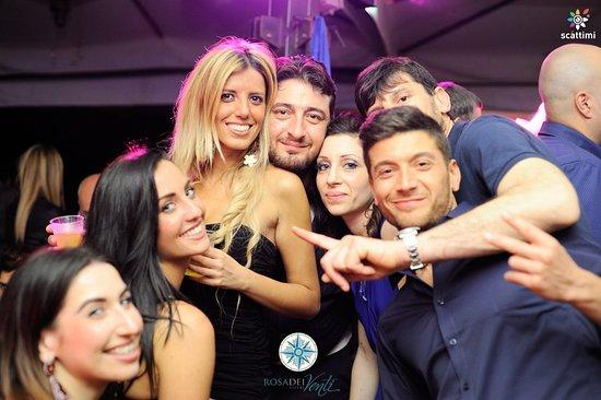 Rosa dei Venti: #ROSA_DEI_VENTI ..Venerdi' e sabato con cena-Live a seguire Disco.. Info 3471256539 Enrico,