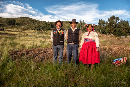 Titicaca For You: Wilson, Eustaquio and Luzmila - members of our host family in Llachon