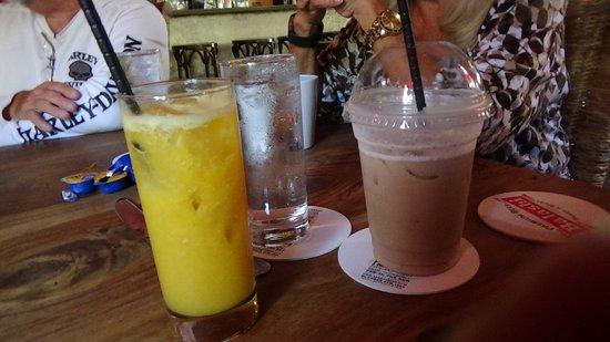 Salt & Pepper: Cappuccino & Fresh Orange Juice!